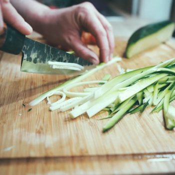 food infection - correct - handling food